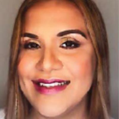 Doris Julia De León